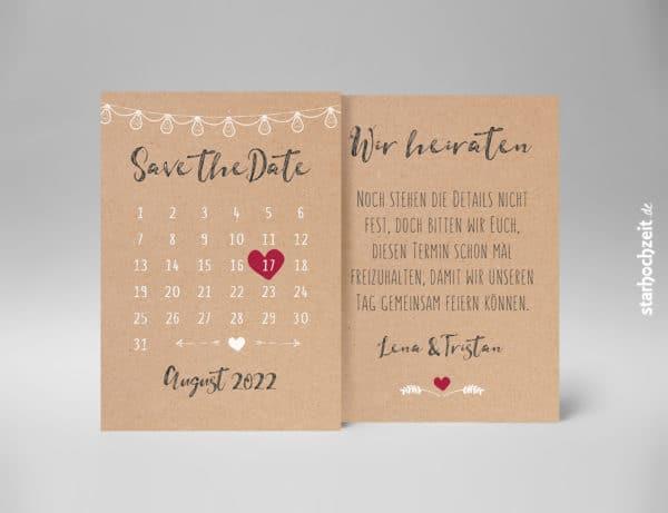 Vorder- und Rückseite: Mit der schönen Save the Date Karte in Natur Kraftpapier Optik und einem Kalender mit verschiebbarem rotem Herz als Markierung des Datums kannst du deinen Hochzeitsgästen den Hochzeitstermin frühzeitig mitteilen. Die zarte weise Lichterkette deutet auf die Feier dezent hin. | starhochzeit